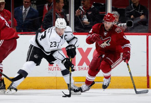 Arizona Coyotes vs. Los Angeles Kings at Gila River Arena