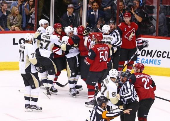 Arizona Coyotes vs. Pittsburgh Penguins at Gila River Arena